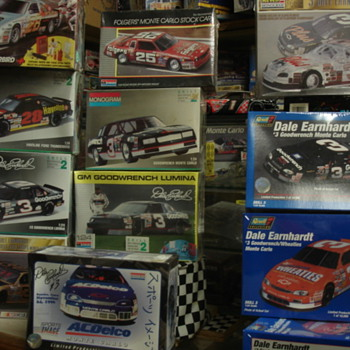 CANNON&#039;S MODEL CAR AND POSTER COLLECTION