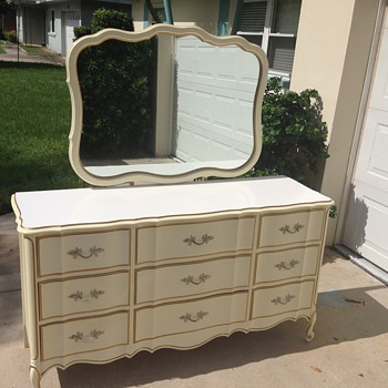 Dixie dresser - Furniture
