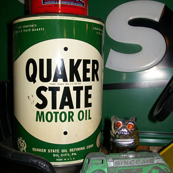Quaker State 5qt. and others - Petroliana