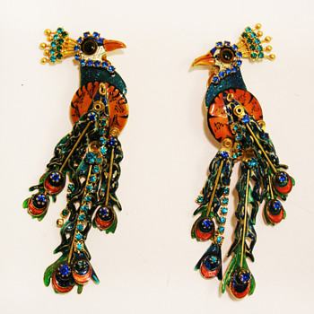 Vintage Lunch at the Ritz Peacock Earrings - Costume Jewelry
