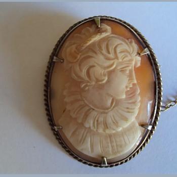 GENUINE HAND CARVED SHELL CAMEO BROOCH - Fine Jewelry