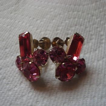 Coro clip-ons - Costume Jewelry