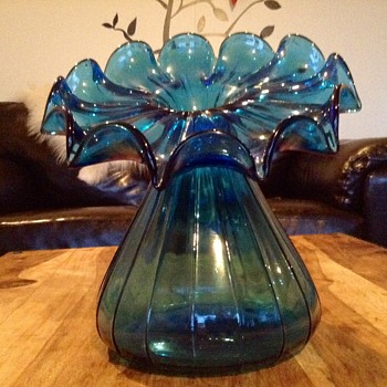 Big heeeaavy glass vase  - Art Glass