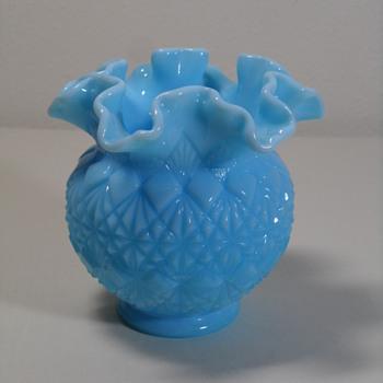 """Fenton Block & Cut Ruffled Bowl ~ 4 1/2"""" ~ 1976-79 - Art Glass"""