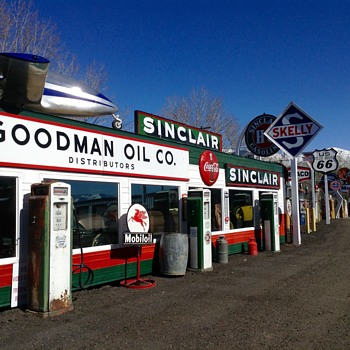 New/Old  Sinclair Bennet 541 Pumps - Petroliana