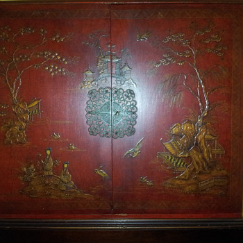 Asian cabinet with key/latch/latch and stand - Furniture