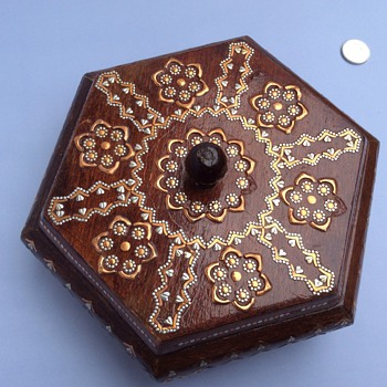 Antique/ vintage jewelry box