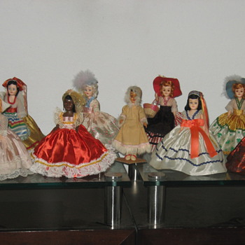 My ARCO Beautiful Dolls of the World - Dolls