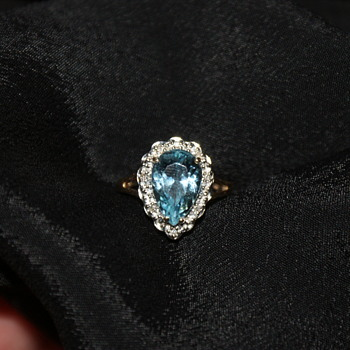 10KP Gold Aquamarine and Diamond Accents Ring