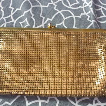 Gold mesh clutch - Bags