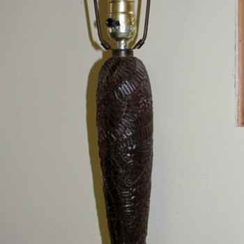 Art Nouveau?  Hand carved wood ferns table lamp - Help - Lamps