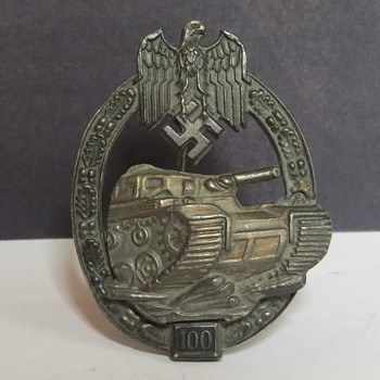 Panzer assault 100 Badge