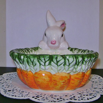 Ceramic Easter Bunny Candy Dish