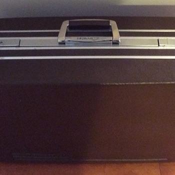 Brown Cavalet luggage. - Bags