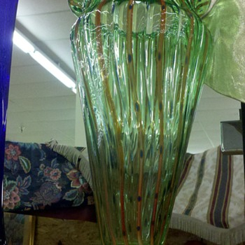 nice green striped/ribbed vase! - Art Glass