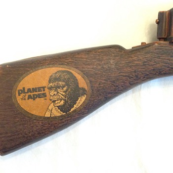 1967 Original Planet of the Apes Mattel Tommy Burst Gun - Toys