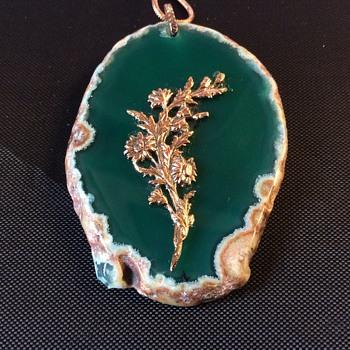 6 x 4 cm vintage pendant