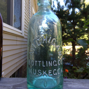 Michigan Bottling Co. - Bottles