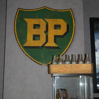 BP sign - Petroliana