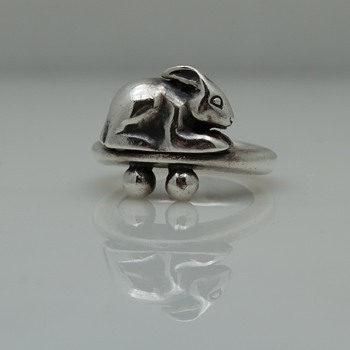 Sterling Silver Modernist Rabbit Ring