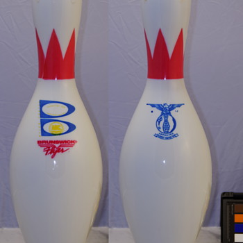 Brunswick Flyer Bowling Pin, Crown and Ring Neckbands