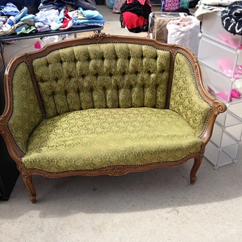 Antique love seat! But what kind? Help?  - Furniture