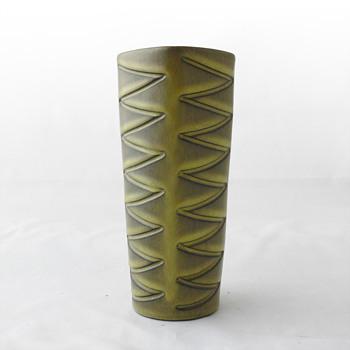 Helge Østerberg vase. Denmark 1950s/60s - Art Pottery