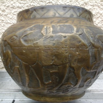 old Brass pot (indian) ??
