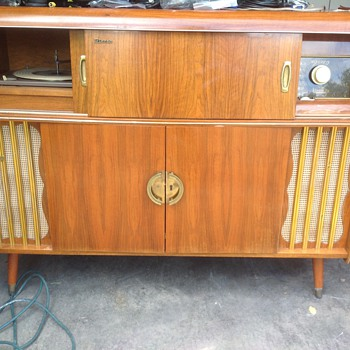 German antique stereo council with bottle holder - Radios