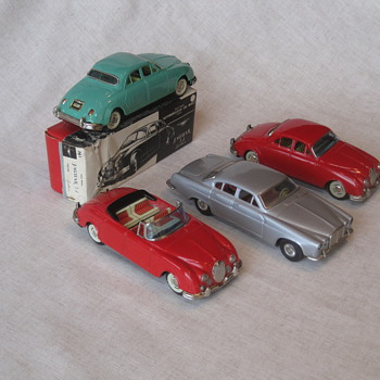 Tin Jaguars - Model Cars