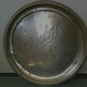 Huebner Beer Tray 1910s - Breweriana