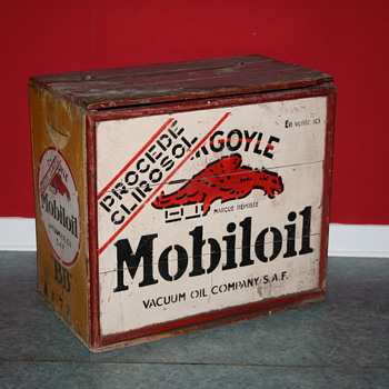 mobiloil oil can wood crate