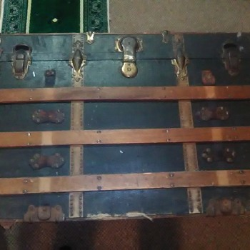 large antique travel trunk  G24.