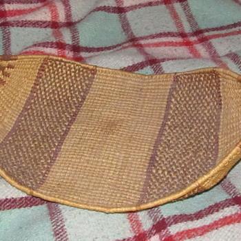 Native basket maybe  - Folk Art