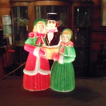 Blow Mold Caroler Trio Blow Mold