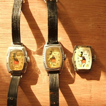 1939 Mickey Mouse Wristwatch - Wristwatches