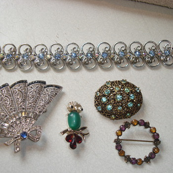 Today's treasures - Costume Jewelry