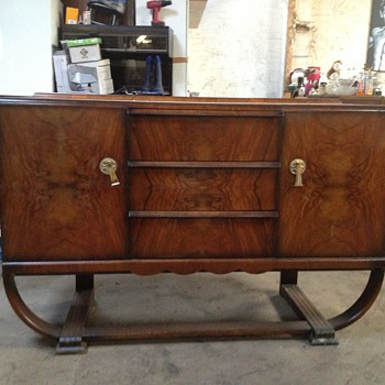 any help.........please,,,,,, what is this??? a sideboard? buffet