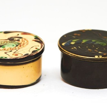 Two More Lidded Bowls from Kähler (Denmark), ca. 1920
