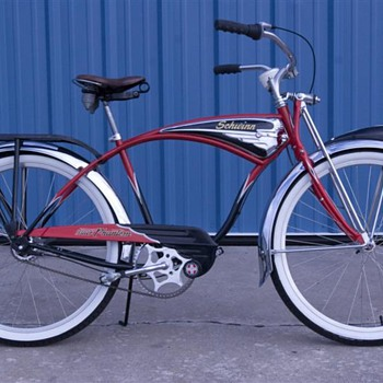Schwinn Phantom Replica - Sporting Goods