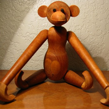 Mid Century Zoo Line Wood Monkey