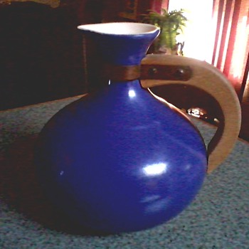 """Redwing"" Pottery ""565"" Coffee Server /Teak or Walnut Handle Cobalt Blue ""Gypsy Trail"" Design/ Circa 1950's"