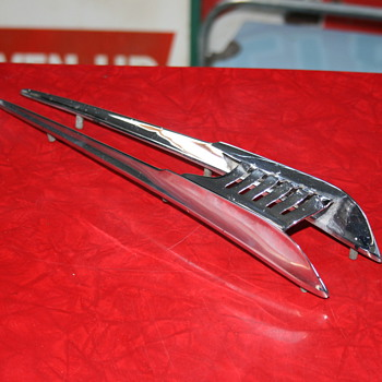 opel rekord hood ornament