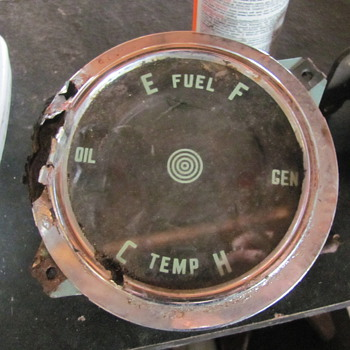 unknown possible gm fuel/temp/oil/gen gauge