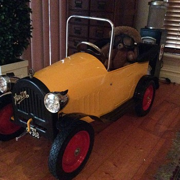 Brum pedal car. A custom one off. - Petroliana