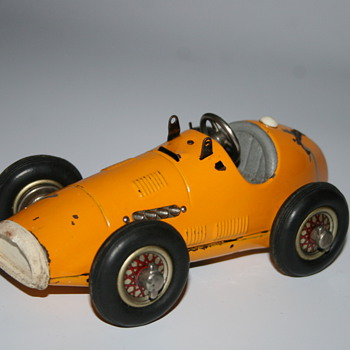 schuco grand prix race wind up car