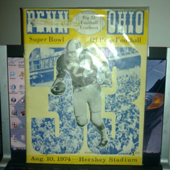 Big 33 FootBall YearBook 1974 - Football