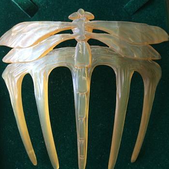 Art Nouveau dragonfly comb - Art Nouveau
