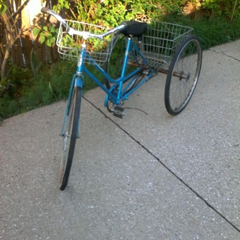 vintage Schwinn 3 wheeled conversion bicycle - Sporting Goods