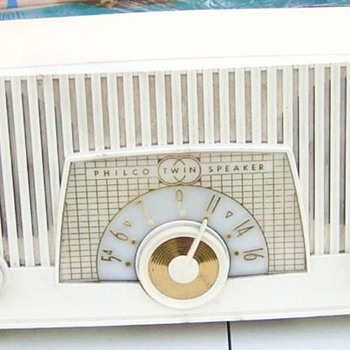 1957 Philco Model F963-124 Twin Speaker Radio